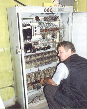 Пример поиска неисправности в электрической схеме крана