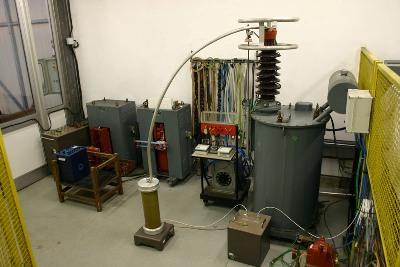 Измерительные трансформаторы тока и напряжения - конструкции, технические характеристики