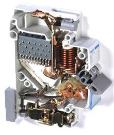Параметры коммутационных контактов электрических аппаратов