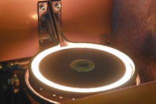 Использование вихревых токов при индукционной закалке металлов