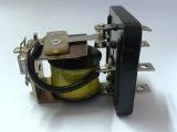 Схемы импульсного включения и отключения реле с помощью конденсаторов