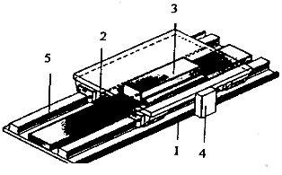 Конструкция линейного однокоординатного двигателя