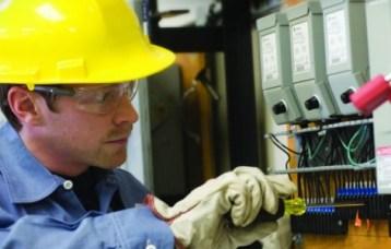 Электробезопасность в электроустановках