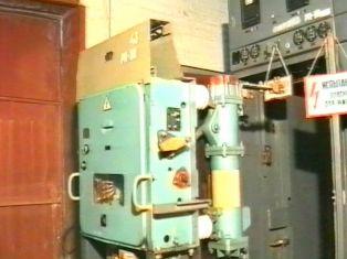 устройство и принцип действия основных частей выключателя ВМПЭ-10