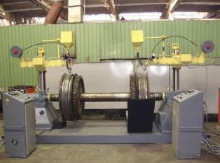 Установка для наплавки колес под слоем флюса
