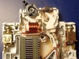 Влияние внешних факторов на работу автоматических выключателей