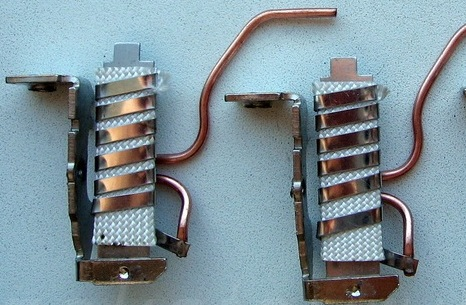 Биметаллическая пластина и ее использование в электротехнике