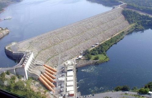 Плотина гидроэлектростанции