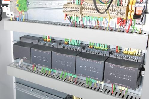 Монтаж электрощитов и пультов управления устройств автоматизации