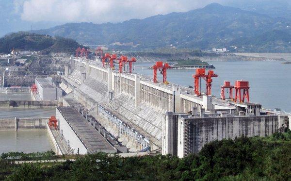 Китайская гидроэлектростанция Три ущелья
