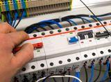 Монтаж распределительных электрических шкафов